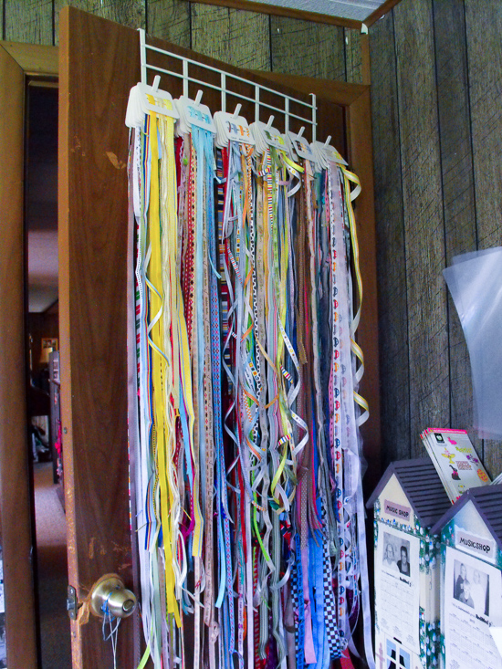 hanging ribbon_blog