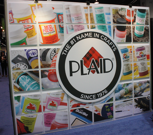 @cdnscrapbooker #plaid #CHA2015